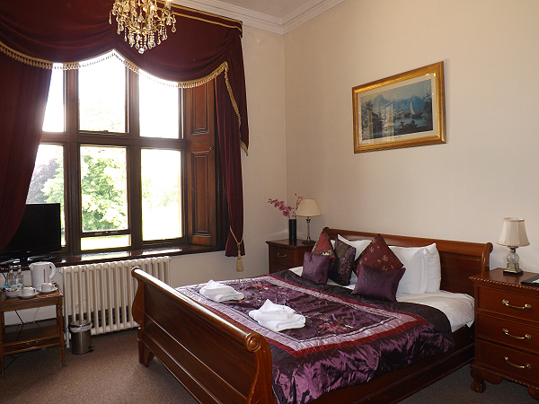 Tariff orchardleigh bed and breakfast luxury boutique for Luxury boutique bed and breakfast